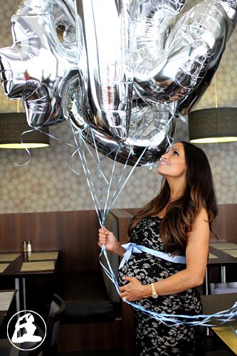 Trish Stratus espera la llegada de un niño que se llamará Maximus Babyshower1t